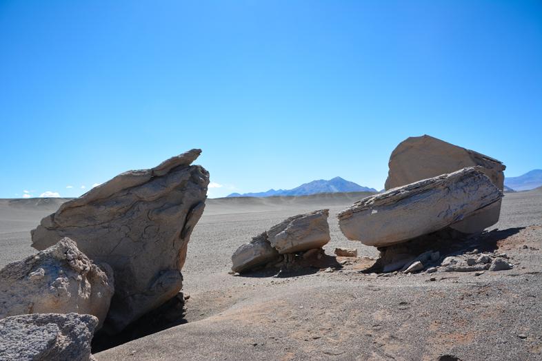 Antofagasta de la Sierra Catamarca Belen Argentine pierres ponces geantes campo de piedra pomez