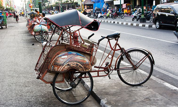 Becak à Yogyakarta en Indonésie