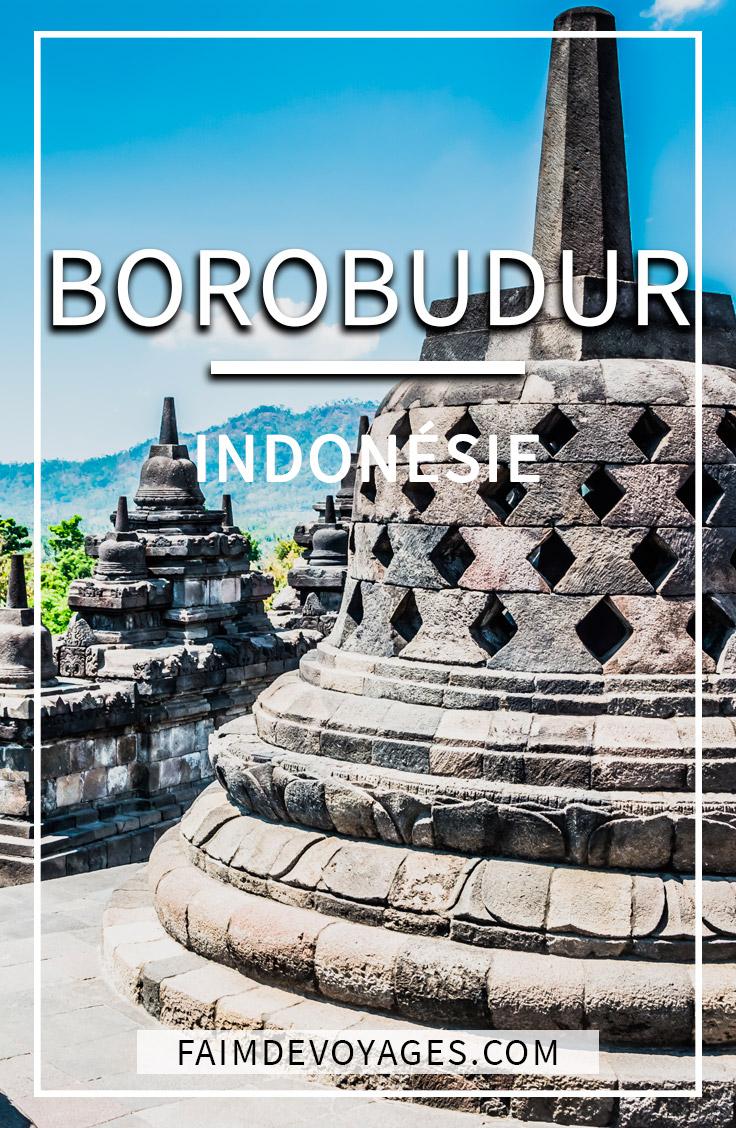 Vue du temple de borobudur avec texte indiquant borobudur indonésie