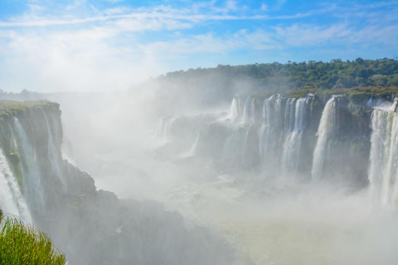 Vue des chutes d'Iguazu depuis la Garganta del Diablo ou gorge du diable