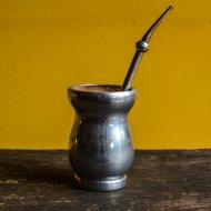 Mate et bombilla boisson traditionnelle Argentine mate en bois et argent