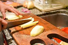 recette-des-vrais-empanadas-argentins-de-salta-les-empanadas-saltenas-coupe-des-pommes-de-terre