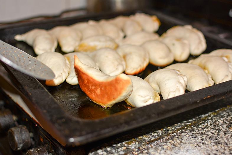 recette-des-vrais-empanadas-argentins-de-salta-les-empanadas-saltenas-cuisson-par-le-bas