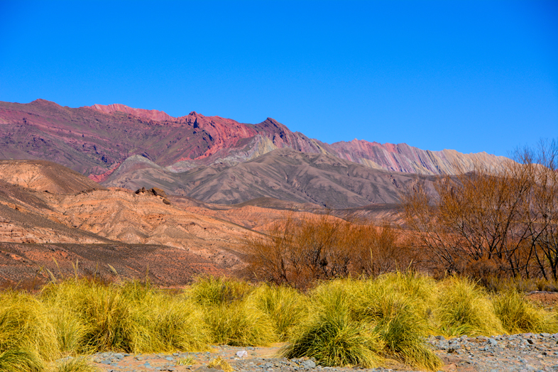 Montagnes colorées de la Sierra Hornocal, la montagne aux 14 couleurs en Argentine