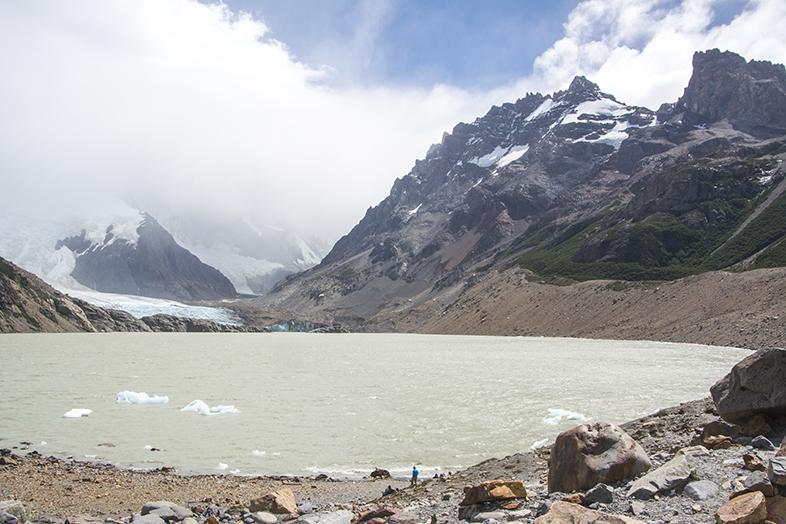 El Chalten trekking randonnee Laguna Torre Cerro Torre vue de la lagune en Argentine