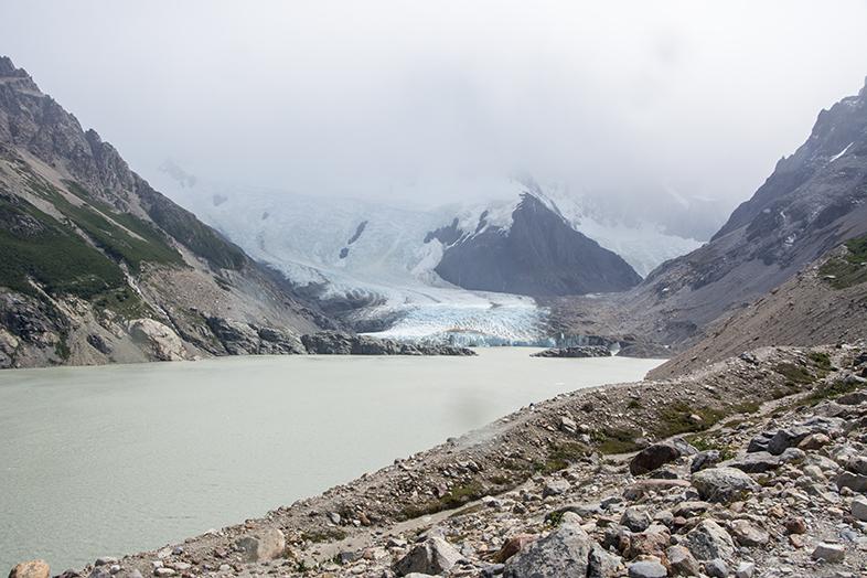 El Chalten trekking randonnee Laguna Torre Cerro Torre vue du glacier torre depuis la lagune en Argentine