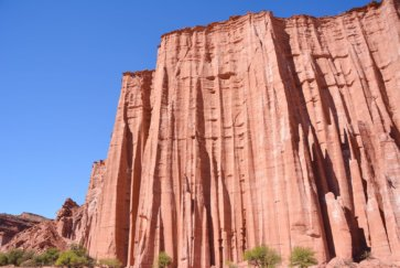 Parc-national-Talampaya-La-Rioja-cathedrale-gothique-falaise-de-gres-rouge-postshow