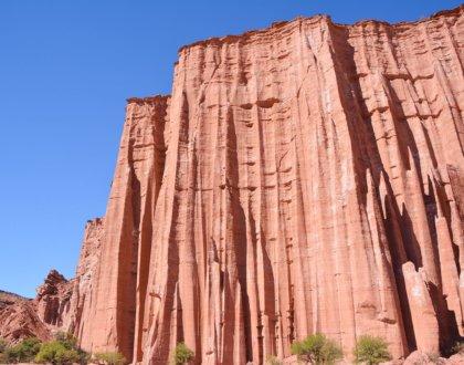 Parc national Talampaya La Rioja cathedrale gothique falaise de gres rouge postshow
