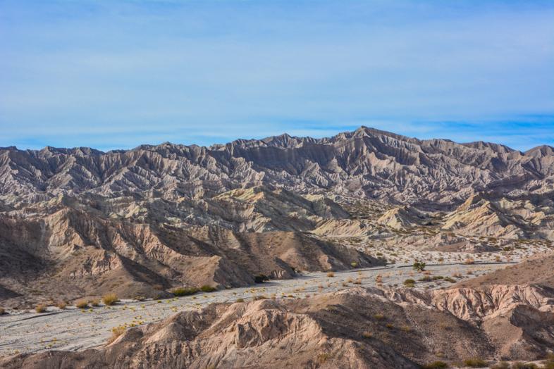 Roadtrip Salta Argentine boucle sud vue montagnes route 40 quebrada flechas