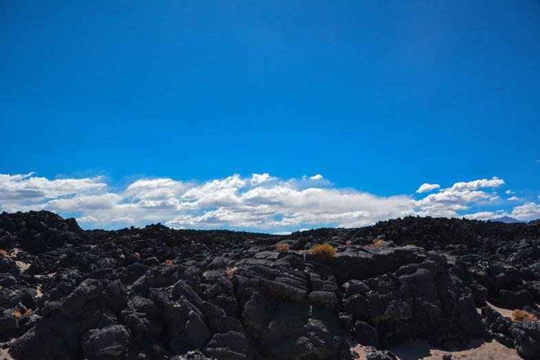 Antofagasta de la Sierra Catamarca Belen Argentine champ de lave volcanique durcie