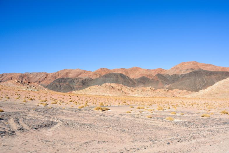 Antofagasta de la Sierra Catamarca Belen Argentine montagnes or noir et rouge