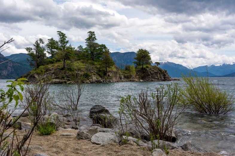 san-martin-de-los-andes-lac-islita-ile-camping