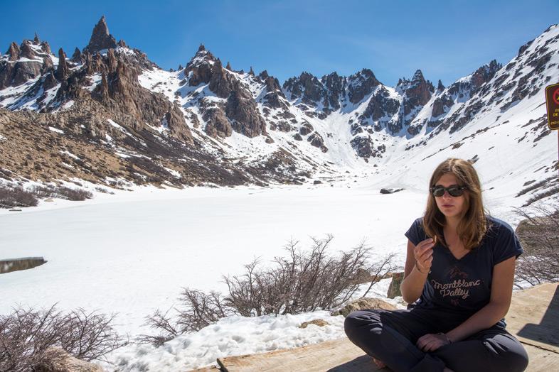 Refuge Frey randonnee trekking bariloche argentine vue sur les montagnes cecilia mange