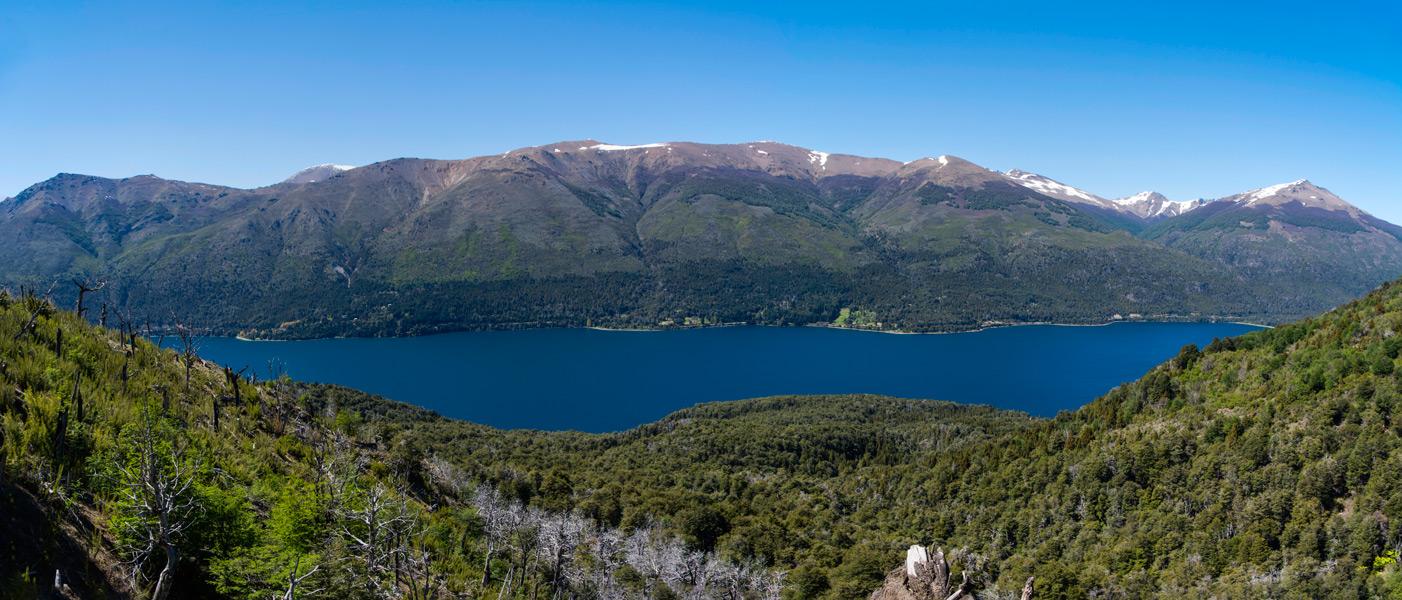 panorama-vue-lago-gutierrez-depuis-trekking-sentier-refuge-frey-bariloche