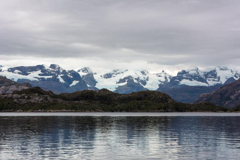 glacier villa ohigins montagne bateau chili