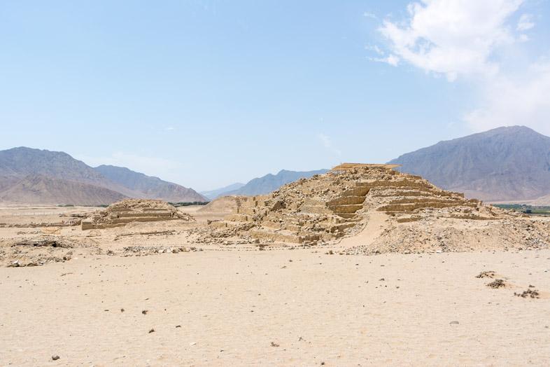 pyramides caral barranca visiter la cite la plus ancienne amerique