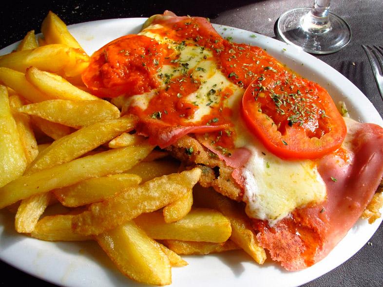 milanesa-napolitana-argentine-specialite