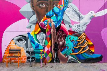 postshow-graffiti-street-art-colombia-medellin-comuna-13-visite