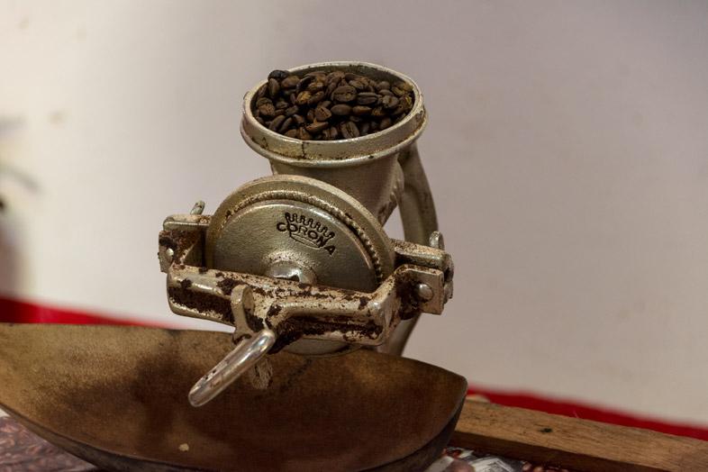 Moulin à café dans la Finca La Candelaria à Minca en Colombie
