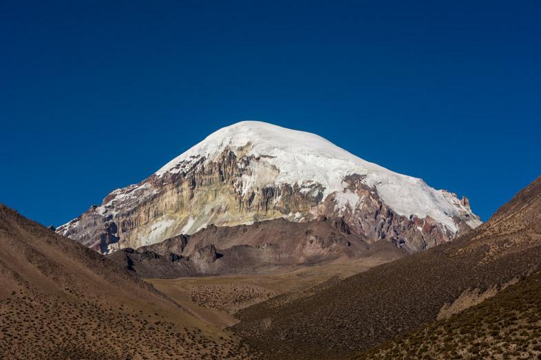 Le Volcan Sajama En Bolivie