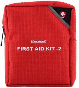 """kit de secours rouge avec écrit dessus """"first aid kit 2"""""""