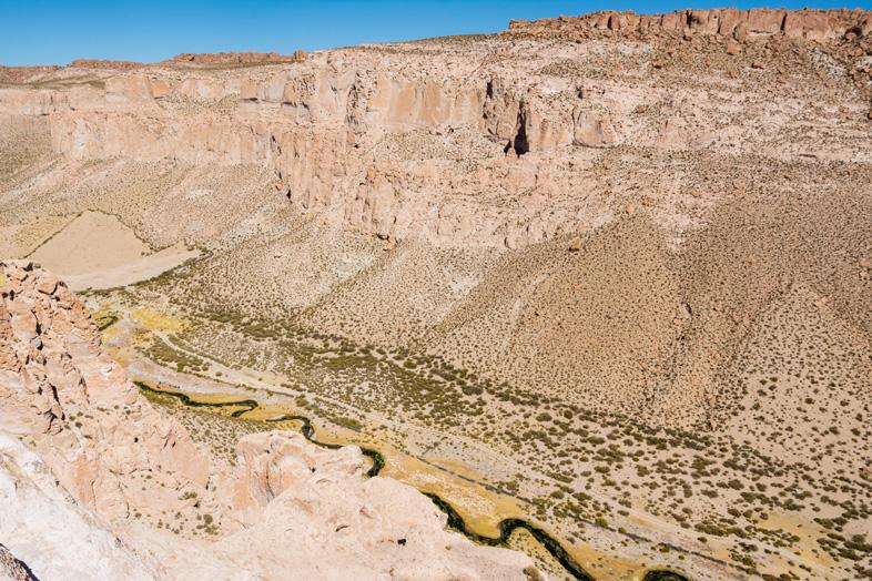 Le Canyon De L Anaconda En Bolivie, Une Riviere Serpente Au Fond