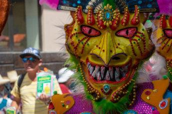Photo D'un Masque Pendant Le Carnaval De Cajamarca Au Pérou
