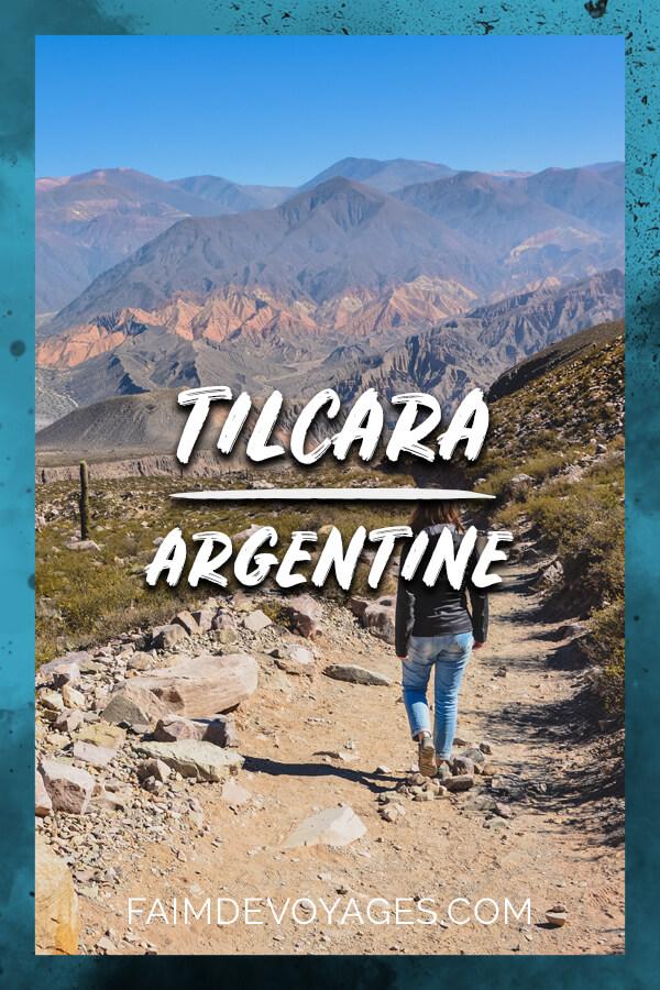 Cécilia Randonne Près De La Garganta Del Diablo à Tilcara En Argentine