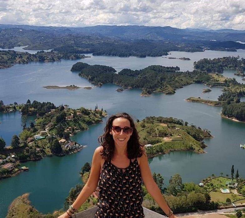 Elodie En Volontariat En Voyage