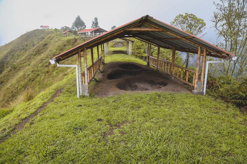 Alto Del Aguacate A Tierradentro En Colombie