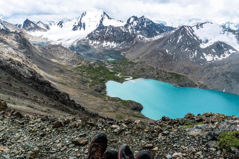 Vue Du Lac Issyk Kul Au Kyrgystan